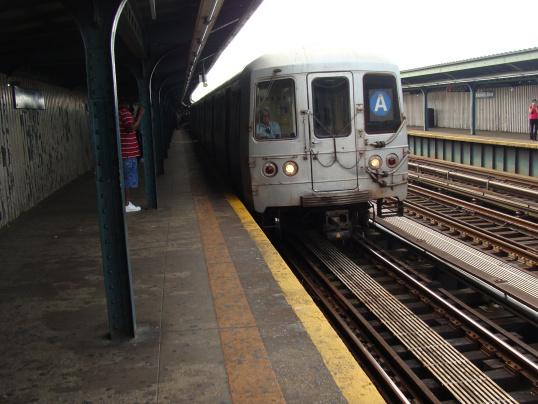 Le subway de NYC, qui fonctionne sans interruption, 24/24 - 7/7